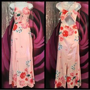SALE WAS 65$Beautiful unique floral maxi dress